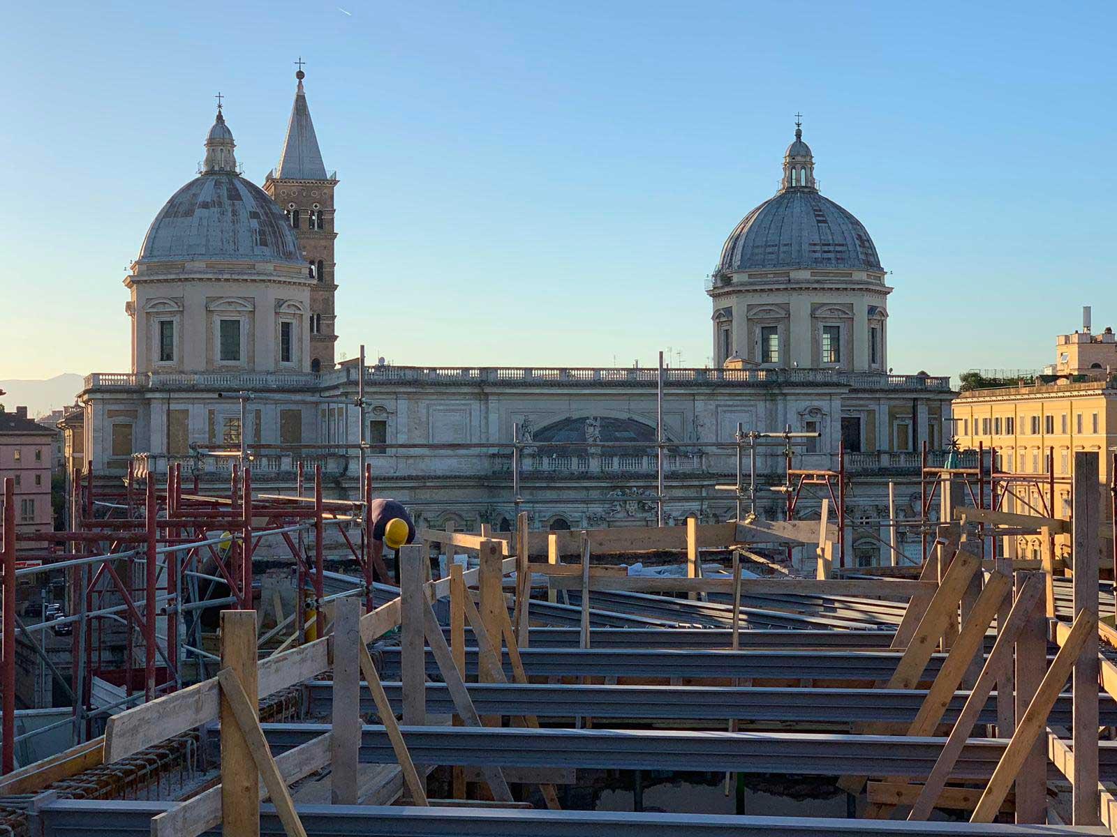 Demolizione e ricostruzione solaio attico e ristrutturazione Hotel Commodore